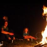 Repas au coin du feu.