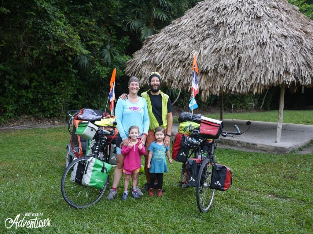 Avant de quitter Tikal.
