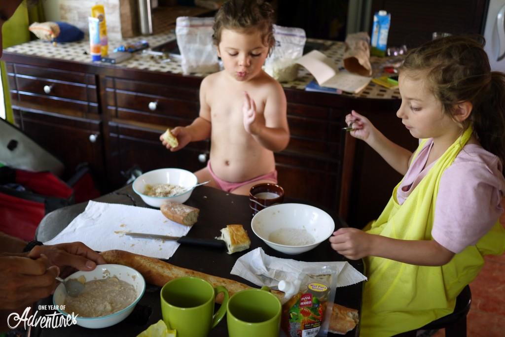 Un petit déjeuner en famille des plus agréables !