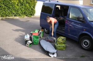 Chargement du camion, sur le départ pour la Bretagne